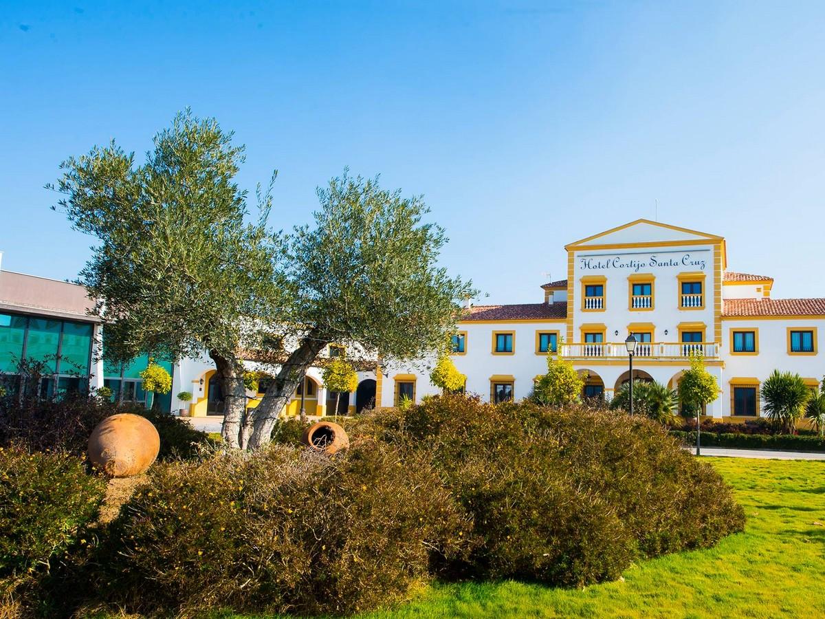 HOTEL EL CORTIJO SANTA CRUZ
